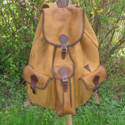 Nagy szarvasbőr hátizsák